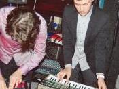 URBAN: questa settimana grande live sapore 80's versione party anthem.