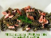 Fusilli all'alga spirulina salmone aneto