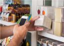 negozi vietassero, all'interno, l'uso degli smartphone?