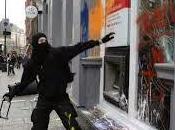 governo calato braghe fronte black bloc.