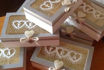 Scatole porta tea decorate in stile shabby paperblog - Scatole di legno decorate ...