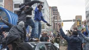 Baltimota protestas-luego-muerte-afroamericano-