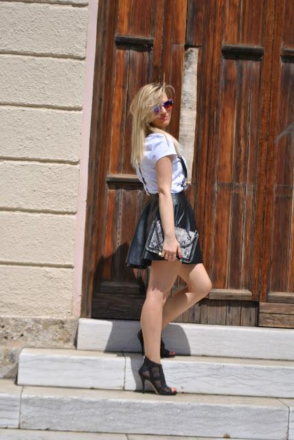 Color Block By FelyM.: OUTFIT: LEATHER SKIRT, SWEATSHIRT AND