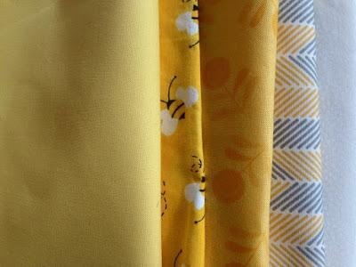 Giallo come il sole: mini quilt in patchwork improv