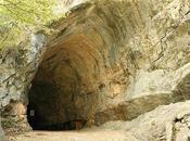 Giochiamo agli esploratori alle Grotte Toirano