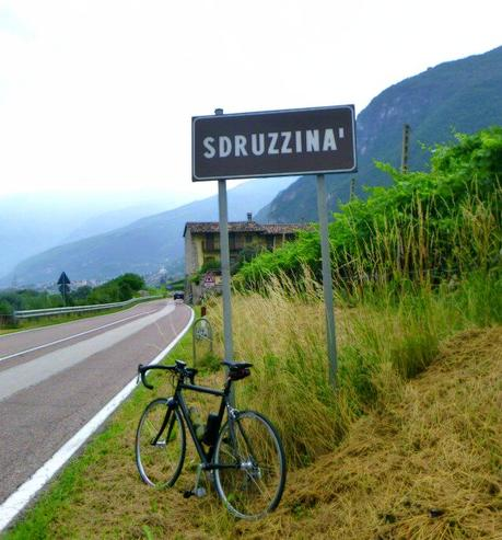 On road bike facing Sdruzzinà uphill (13/6, 2015)