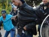 Immigrazione, Ventimiglia: Francia decisione passare migranti. Iniziato sgombero sugli scogli
