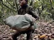 mafia capitalista sfruttamento: bambini africani estrarre quelli cinesi assemblare