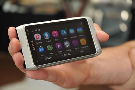 Symbian^3 PR2.0 si mostra su N8