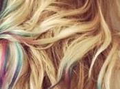 Ultima moda capelli: l'arcobaleno sulla chioma!