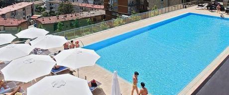 Le piscine a napoli per la tua estate 2015 paperblog for Piscina a napoli