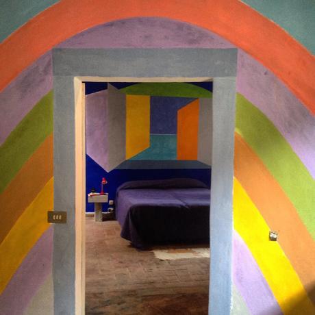 Vivere l arte la casa dipinta nel cuore di todi paperblog for Piani casa ultra contemporanei
