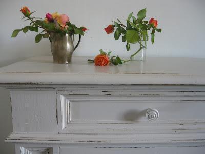 Rivestimento caminetto a parete in cartongesso for Decorare muro stanza