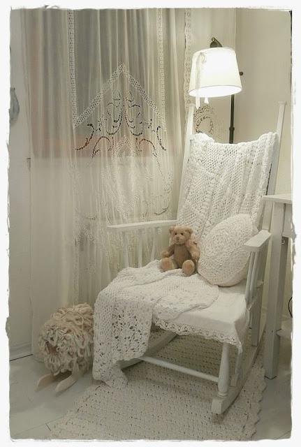 Idee fai da te per arredare la camera da letto in stile shabby ...