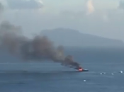 Video. Yacht fiamme largo Posillipo: bordo Aurelio Laurentiis