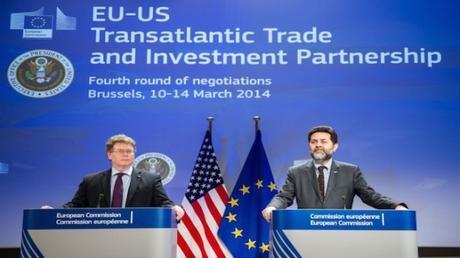 TTIP-UE-USA-atlantismo
