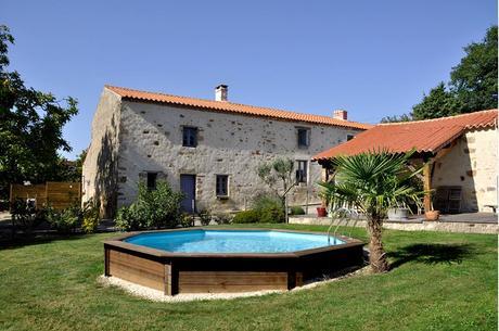 Come scegliere una piscina fuori terra da giardino paperblog - Piscina seminterrata prezzi ...