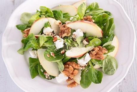 Insalata di soncino mela ricotta salata e noci paperblog for Soncino insalata