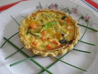 Crostatine di  mais all'aneto con verdure