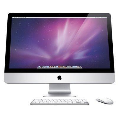 GugolMen con l'iMac ;)