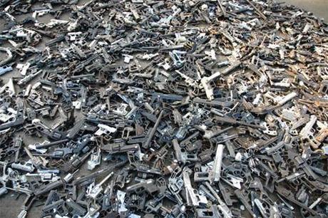 Vanghe per pistole/Spades for guns