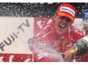 Hamilton attacca Schumacher, bufala!