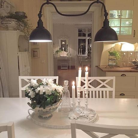 Stile shabby chic per una bella casa svedese paperblog for Case arredate stile shabby