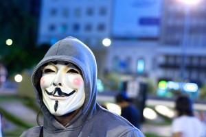 La maschera di Guy Fawkes, simbolo di Anonymous. Photo credit: blmurch / Foter.com / CC BY