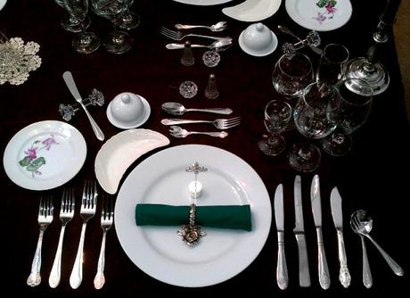 posatel_Place_Setting