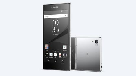 5 dei più folli e unici smartphone del 2015