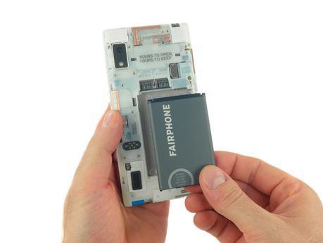 [News] iFixit smonta il Fairphone 2 il primo smartphone modulare