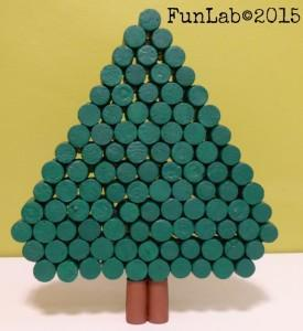 Albero Di Natale Alluncinetto Semplicissimo.Albero Di Natale Con Tappi Di Sughero Centrotavola Creativo Paperblog