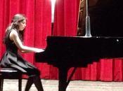 Quattro mani, due, pianoforti orchestra