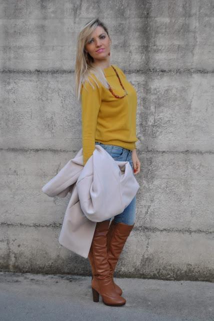 Molto Outfit: mustard sweater and skinny jeans - come abbinare il color  JK45
