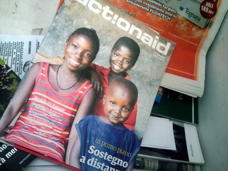 Il magazine di ActionAid: dopo la lettura, invece di gettarlo, perchè non condividerlo?