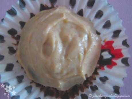 Chocolate Peanut Butter Cupcakes  per  festeggiare insieme tutte le Donne del mondo!