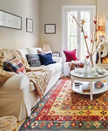Appartamento luminoso e country chic paperblog for Divano zara home