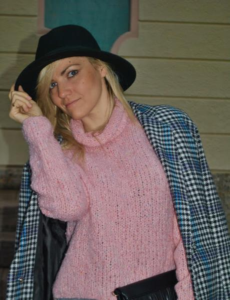 Color Block By FelyM.: OUTFIT OVERSIZE COAT AND BLACK FEDORA HAT