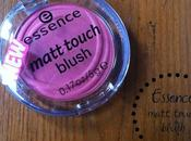 Essence MATT TOUCH blus