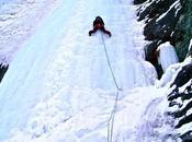 climbing sulle cascate ghiaccio della Valle Varaita Piemonte