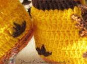 Scarponcini gialli stile Lumberjack uncinetto.