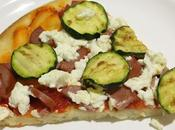Pizza zucchine, quartirolo, wurstel lievito madre