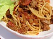Spaghetti sugo alla salsiccia pollo tacchino