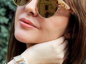 Maxi cardigan, occhiali specchiati orologio Henry London