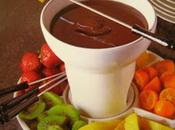 Fonduta cioccolato mandarini cinesi fragole.