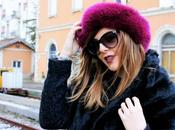 Total black outfit cappello color ciclamino
