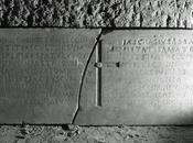 Storia epigrafe marmorea viaggio Gargano Cava Tirreni