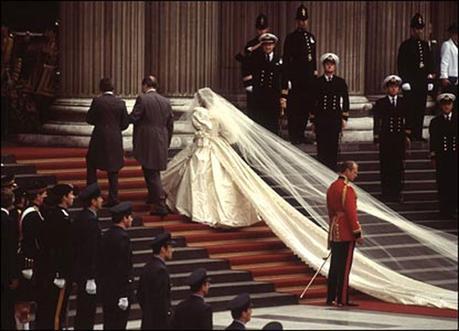 4b830857249d Strascico dell abito da sposa – 6 diversi tipi - Paperblog