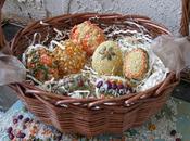 Lavoretti Pasqua: decorare uova cereali legumi