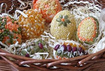 Lavoretti per la pasqua decorare le uova con cereali e for Lavoretti per decorare la stanza